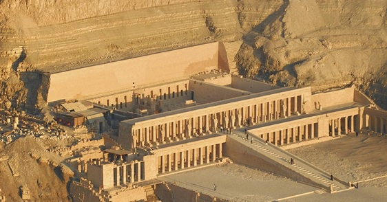 hatshepsut legacy Both ramses ii and queen hatshepsut left a lasting legacy in ancient egypt, but  who was the better leader use the rank & reason tool to discover the most.